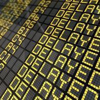 6-hal-yang-dilakuin-orang-waktu-nunggu-pesawat-delay