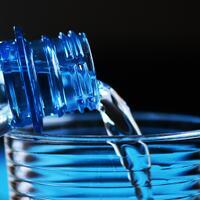 minum-air-sebelum-saat-atau-sesudah-makan