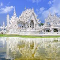 white-temple-wisata-unik-nan-ciamik-di-chiang-rai