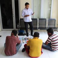 main-judi-saat-ramadan-3-pria-di-aceh-ditangkap-polisi