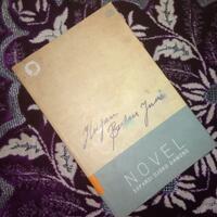 coc-review-buku-hujan-bulan-juni-aslinyalo