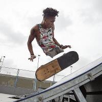 alfonso-mendoza-pemain-skateboard-tanpa-kaki-asal-venezuela