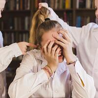 kenali-bullying--ini-4-ciri-cirinya