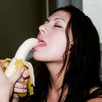 beberapa-karya-seni-dari-buah-pisang-yang-sangat-menakjubkan
