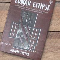 review-novel-lunar-eclipse-by-nindya-chitra