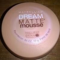 review-maybelline-dream-matte-mousse-foundation