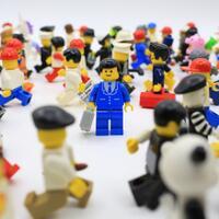 memulai-koleksi-minifigures-lego-yuk-gan-sis