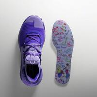 stephen-curry-ajak-bocah-usia-9-tahun-desain-sneakers-terbarunya-kayak-apa-nih
