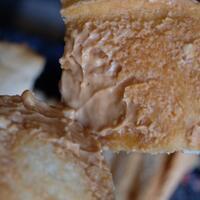 cemilan-roti-yang-enak-di-wilayah-jakarta-selatan-quotropang---goquot---review-makanan