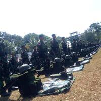 suasana-haru-saat-pelepasan-450-prajurit-raider-laksanakan-tugas-di-perbatasan