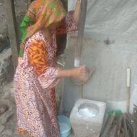 sudah-modern-warga-sukabumi-tetap-gunakan-alat-tradisional-untuk-membuat-tepung