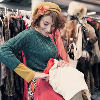 tips-dalam-melakukan-thrift-shopping-lebih-seru-bila-bersama-dengan-teman-teman