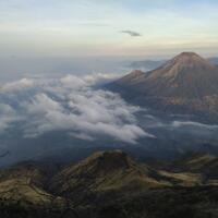 sabananya-fantastis---pendakian-gunung-sumbing-via-bowongso-23-24-november-2019