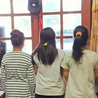 3-remaja-sorong-yang-campur-gerakan-salat-dengan-musik-disko-ditangkap