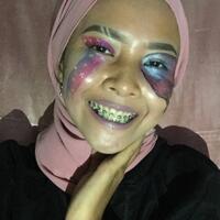kenapa-memilih-fokus-di-bidang-make-up