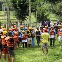 kampoeng-banyu-river-tubing-pamotan