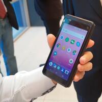 smartphone-android-hebat-yang-tak-lagi-memerlukan-tower-pemancar-bts