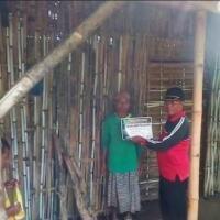 rumah-terbuat-dari-bambu-buruh-tani-di-tongas-tolak-bantuan-pkh