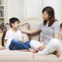rajin-ajak-anak-mengobrol-untuk-menstimulasinya