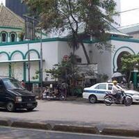 3-jemaah-positif-corona-ratusan-warga-diisolasi-di-masjid-jakbar