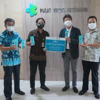 mandom-indonesia-sumbang-mandom-hand-sanitizer-untuk-kementerian-kesehatan-ri