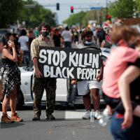 lagi-lagi-kematian-kulit-hitam-oleh-keganasan-polisi-di-as