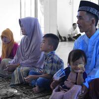 mantan-penjerat-babi-asal-kota-subulussalam-boyong-keluarganya-masuk-islam-di-abdya