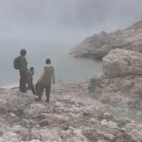 penambang-belerang-yang-hilang-ditemukan-150-meter-dari-bibir-kawah-ijen