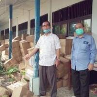 sembako-bantuan-senilai-rp136-miliar-ditemukan-tertimbun-hingga-rusak