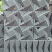 percantik-rumah-minimalis-dengan-roster-semen-merah-atau-roster-beton