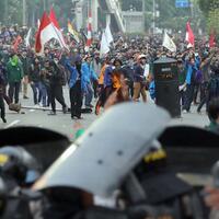 bem-seluruh-indonesia-geruduk-dpr-tanggal-16-juli