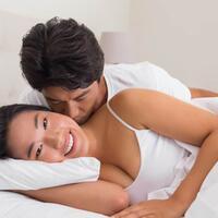 ini-alasan-ilmiah-kenapa-pria-suka-melirik-payudara-wanita