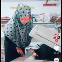 viral-seorang-ibu-fotocopy-wajah-anak-langsung-dari-mesinnya-miris