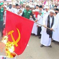 china-paksa-umat-kristen-ganti-gambar-yesus-dengan-foto-xi-jinping