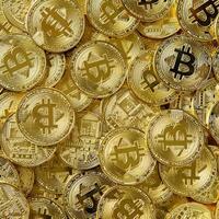bitcoin-vs-saham-mana-bentuk-investasi-yang-lebih-menguntungkan