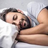 ditinggal-suami-tidur-sesaat-setelah-bercinta-eits-jangan-bt-dulu