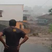 banjir-bandang-terjang-cicurug-sukabumi