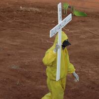 10000-kasus-kematian-ri-tertinggi-di-asean--17-di-dunia