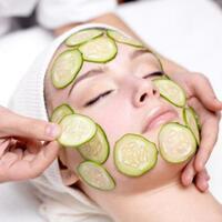 7-manfaat-mentimun-untuk-kecantikan-wajah-agar-makin-glowing