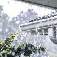 jakarta-diguyur-hujan-4-rt-dan-7-ruas-jalan-tergenang