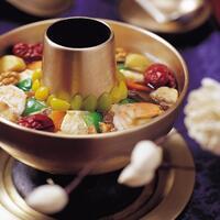 sinseollo-hot-pot-khas-korea-sajian-ala-kerajaan