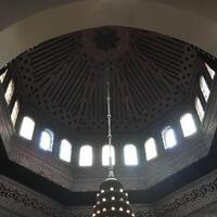 masjid-agung-di-prancis-diteror-dengan-kepala-babi