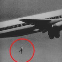 113-penumpang-gelap-di-roda-pesawat-2-di-indonesia
