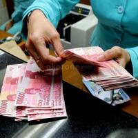 indonesia-resesi-apakah-perlu-pindahin-duit-dari-bank-ke-bawah-bantal