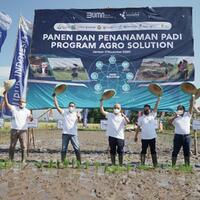 pupuk-indonesia-tingkatkan-produktivitas-dan-kesejahteraan-petani-lewat-agro-solution