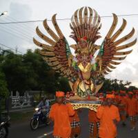 seni-budaya-indonesia
