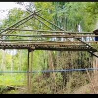 heboh-jembatan-bambu-rp-200-juta-di-ponorogo-ini-kata-pejabat-setempat