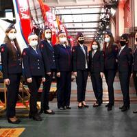 para-perempuan-hebat-di-atas-stasiun--tak-lagi-ada-diskriminasi
