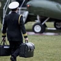 bisakah-jenderal-as-melarang-trump-jika-dia-memerintahkan-serangan-nuklir