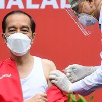 resmi-jokowi-terbitkan-aturan-denda-dan-pidana-warga-penolak-vaksin-corona